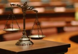 Judecători indulgenți / Magistratul bucureștean Robert-Eugen Moise a scăpat de excluderea din magistratură