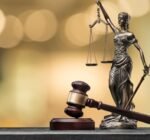 Judecătorii au decis ca avocatului George Antonie Iorgovan să i se confiște o armă de vânătoare