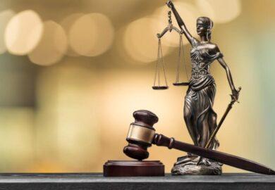 Instanța confirmă renunțarea la urmărirea penală în cazul avocatului George Antonie Iorgovan