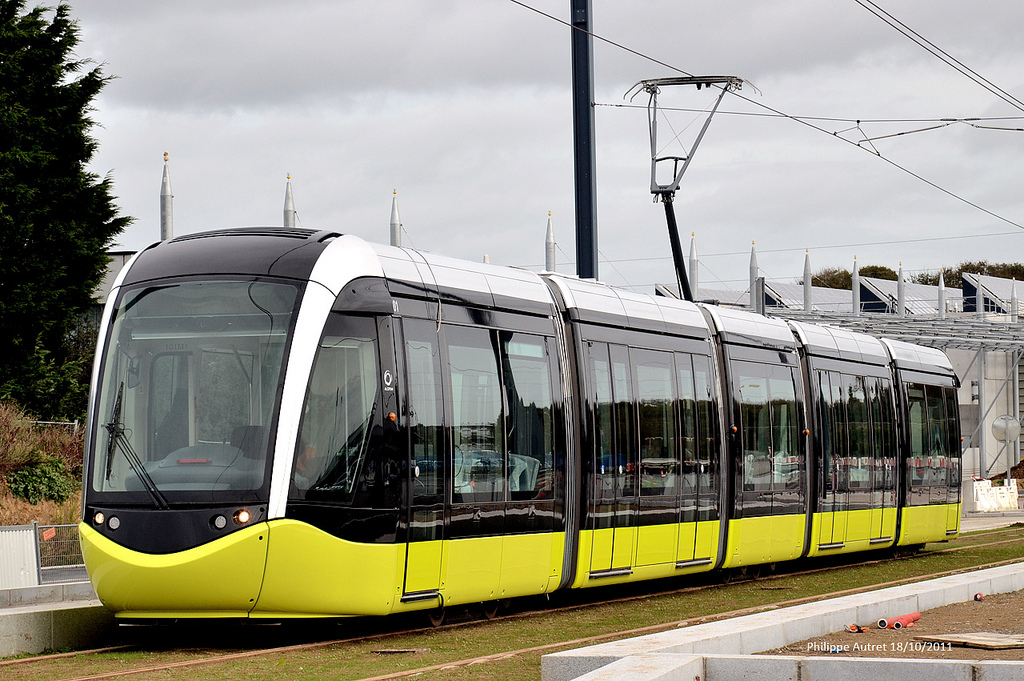 Primăria Capitalei pierde la Curtea de Apel București procesul contra Astra Vagoane Călători Arad privind achiziția a 100 de tramvaie