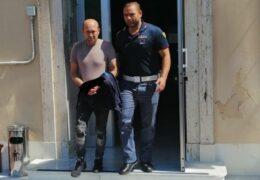 Infractori fără frontiere / Condamnat în Austria, prins la granița dintre Franța și Italia și extrădat în România