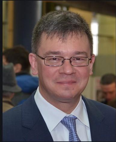 Fostul premier Mihai Răzvan Ungureanu figurează în tabelul creditorilor societății care controlează Studiourile Buftea