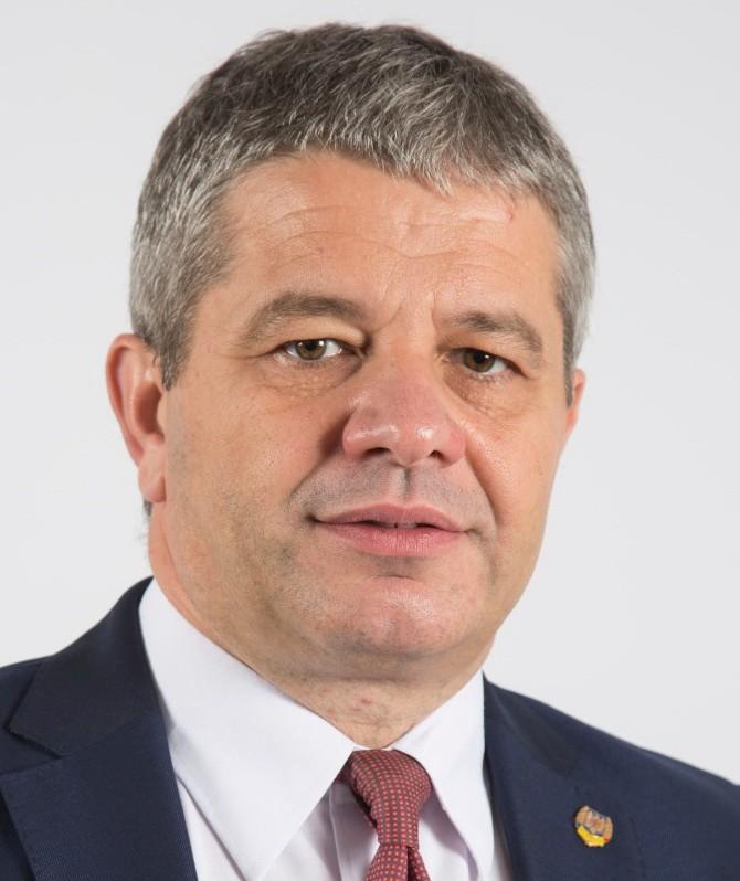 Mega-dosarul Fundeni a mai făcut o victimă / Cum a picat fostul ministru pesedist al Sănătății Florian Bodog în plasa procurorilor DNA