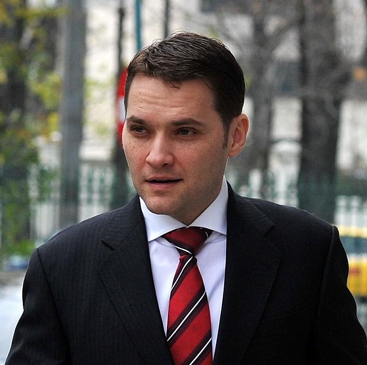 """Curtea de Apel București amână pentru a 4-a oară pronunțarea în dosarul """"CET Govora"""" al fostului ministru Dan Șova"""